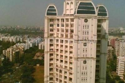 Gallery Cover Image of 1000 Sq.ft 2 BHK Apartment for buy in Gokul Videocon Tower, Kandivali East for 16500000