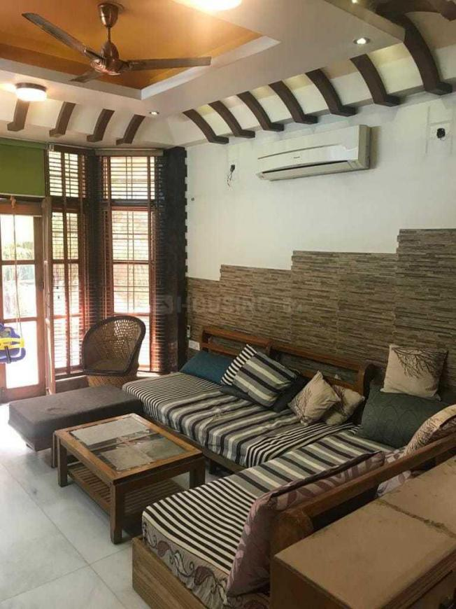 Living Room Image of 1555 Sq.ft 3 BHK Independent House for buy in Sector 45 for 35000000