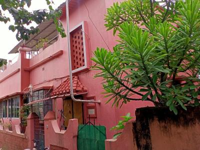 Gallery Cover Image of 1800 Sq.ft 3 BHK Independent House for buy in Thakurpukur for 4500000