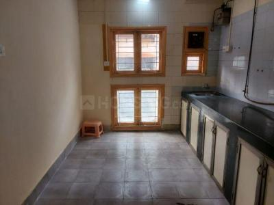 Gallery Cover Image of 950 Sq.ft 2 BHK Apartment for rent in Thane West for 37000