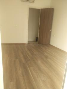 Gallery Cover Image of 2575 Sq.ft 3 BHK Apartment for rent in L&T Crescent Bay T5, Parel for 110000