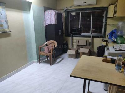 Gallery Cover Image of 325 Sq.ft 1 RK Apartment for rent in Prabhadevi for 25000