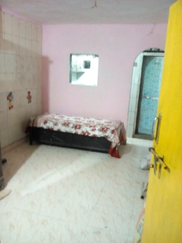 Living Room Image of 450 Sq.ft 1 RK Apartment for rent in Airoli for 7000