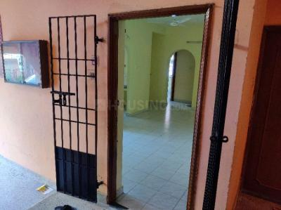 Gallery Cover Image of 800 Sq.ft 2 BHK Apartment for buy in Ratna Apartments, Velachery for 4300000
