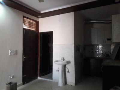 Gallery Cover Image of 400 Sq.ft 1 BHK Apartment for buy in Dwarka Mor for 1750000