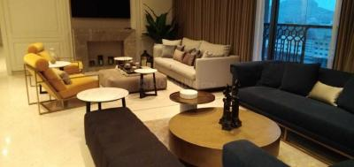 Gallery Cover Image of 2964 Sq.ft 3 BHK Apartment for buy in Swargate for 67000000