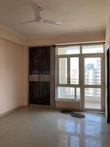 Gallery Cover Image of 890 Sq.ft 2 BHK Apartment for rent in Supertech Ecociti, Sector 137 for 12500