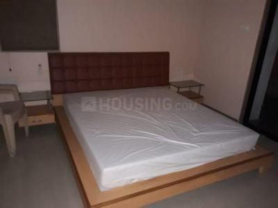 Gallery Cover Image of 1600 Sq.ft 3 BHK Apartment for rent in Magarpatta Jasminium, Magarpatta City for 32000