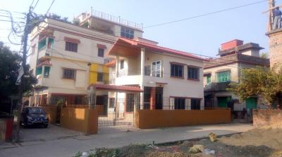 Gallery Cover Image of 400 Sq.ft 1 RK Independent Floor for rent in Kaikhali for 5700