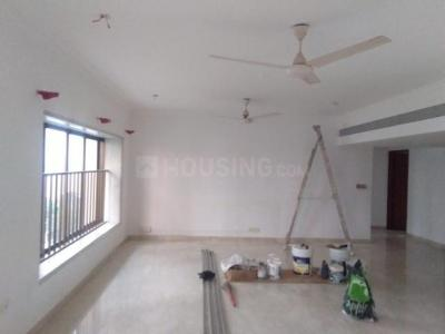 Gallery Cover Image of 2800 Sq.ft 4 BHK Apartment for rent in Prabhadevi for 300000