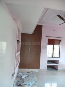 Gallery Cover Image of 1050 Sq.ft 2 BHK Apartment for buy in Mayur Vihar II for 9500000