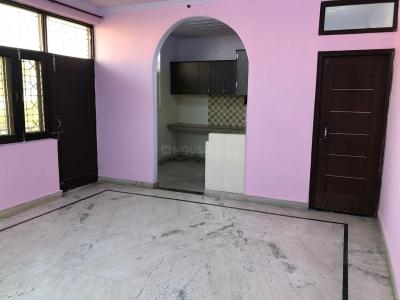 Gallery Cover Image of 900 Sq.ft 2 BHK Independent House for rent in Jhilmil Colony for 9000