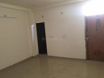 Gallery Cover Image of 900 Sq.ft 1 BHK Independent House for rent in Sat Bari for 6000