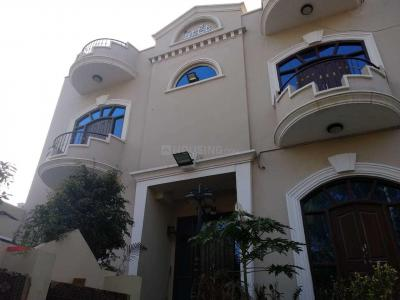 Gallery Cover Image of 302 Sq.ft 3 BHK Villa for buy in Chandrayangutta for 17000000
