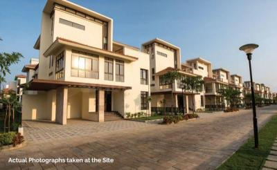 Gallery Cover Image of 4623 Sq.ft 4 BHK Independent House for buy in Semmancheri for 35000733