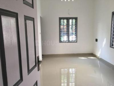 Gallery Cover Image of 1900 Sq.ft 3 BHK Independent House for buy in Kunathurmedu for 4750000