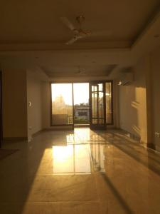 Gallery Cover Image of 1800 Sq.ft 3 BHK Independent Floor for buy in Chittaranjan Park for 31000000