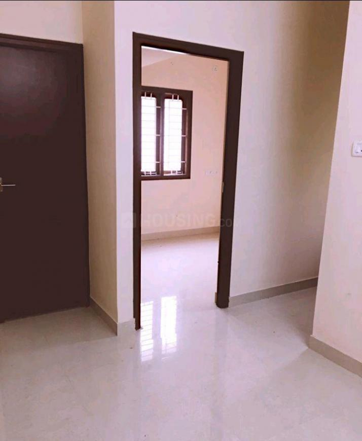 Bedroom Image of 1280 Sq.ft 2 BHK Apartment for rent in Pallavaram for 11000