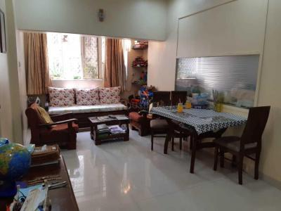 Gallery Cover Image of 625 Sq.ft 1 BHK Apartment for buy in Colaba for 24000000