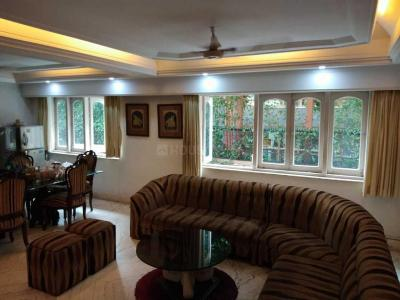Gallery Cover Image of 2600 Sq.ft 3 BHK Apartment for rent in Ballygunge for 120000