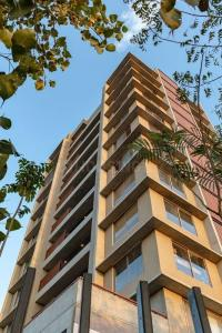 Building Image of 5100 Sq.ft 5 BHK Independent Floor for buy in HRG Verantes, Thaltej for 36700011