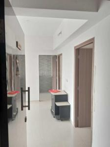 Gallery Cover Image of 580 Sq.ft 1 BHK Apartment for rent in Malad West for 25000