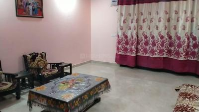 Gallery Cover Image of 1300 Sq.ft 3 BHK Apartment for buy in Himgiri Apartments, Kalkaji for 12600000