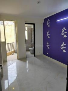 Gallery Cover Image of 900 Sq.ft 2 BHK Apartment for buy in Sector 105 for 2700000
