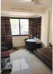 Gallery Cover Image of 700 Sq.ft 1 BHK Apartment for rent in Carter Apartment, Bandra West for 55000