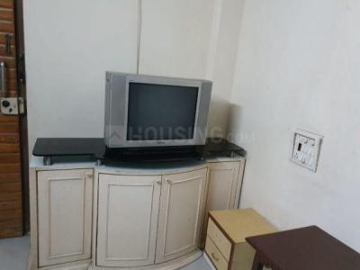 Gallery Cover Image of 1100 Sq.ft 2 BHK Apartment for rent in Basera Air India, Andheri West for 45000