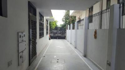 Gallery Cover Image of 6500 Sq.ft 7 BHK Villa for rent in Gyan Khand for 250000