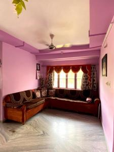 Gallery Cover Image of 1080 Sq.ft 2 BHK Apartment for buy in Ghatlodiya for 4100000