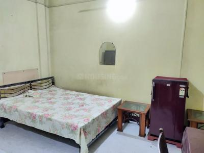 Bedroom Image of Golani PG in Bow Bazaar
