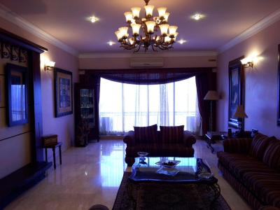 Gallery Cover Image of 1012 Sq.ft 3 BHK Apartment for rent in Ghatkopar West for 75000