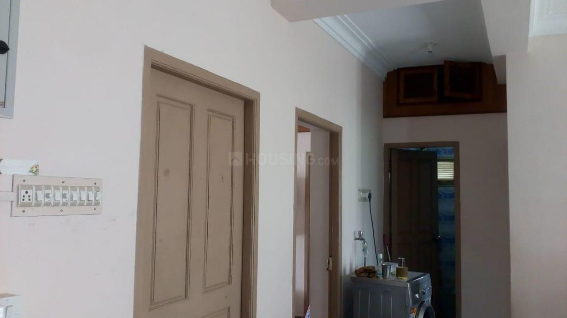 Living Room Image of 950 Sq.ft 2 BHK Independent Floor for rent in Pallikaranai for 14000