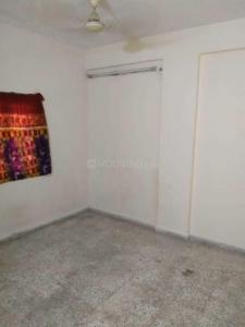 Gallery Cover Image of 1250 Sq.ft 2 BHK Apartment for rent in Thaltej for 16000