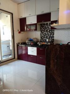 Gallery Cover Image of 1800 Sq.ft 3 BHK Apartment for rent in Nerul for 52000
