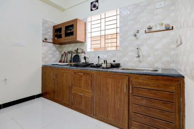 Kitchen Image of Oyo Life Blr1560 Murgesh Pallya in Murugeshpalya