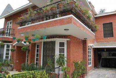 Gallery Cover Image of 1800 Sq.ft 2 BHK Independent Floor for rent in Sector 17 for 24000