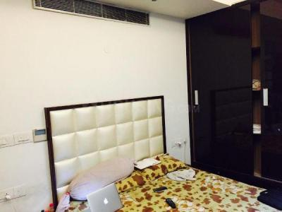 Gallery Cover Image of 1150 Sq.ft 2 BHK Apartment for rent in DLF Regency Park 1, Sector 43 for 50000