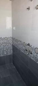 Common Bathroom Image of 370 Sq.ft 1 RK Apartment for buy in Katraj for 1100000
