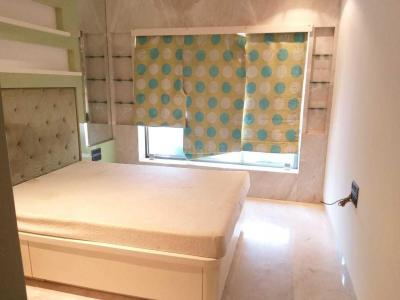 Gallery Cover Image of 2400 Sq.ft 3 BHK Apartment for rent in Andheri West for 150000