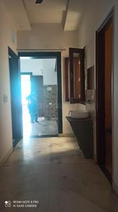 Gallery Cover Image of 2250 Sq.ft 3 BHK Independent Floor for rent in Sector 11 for 20000
