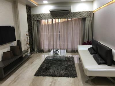 Gallery Cover Image of 1120 Sq.ft 2 BHK Apartment for rent in Jogeshwari West for 42000