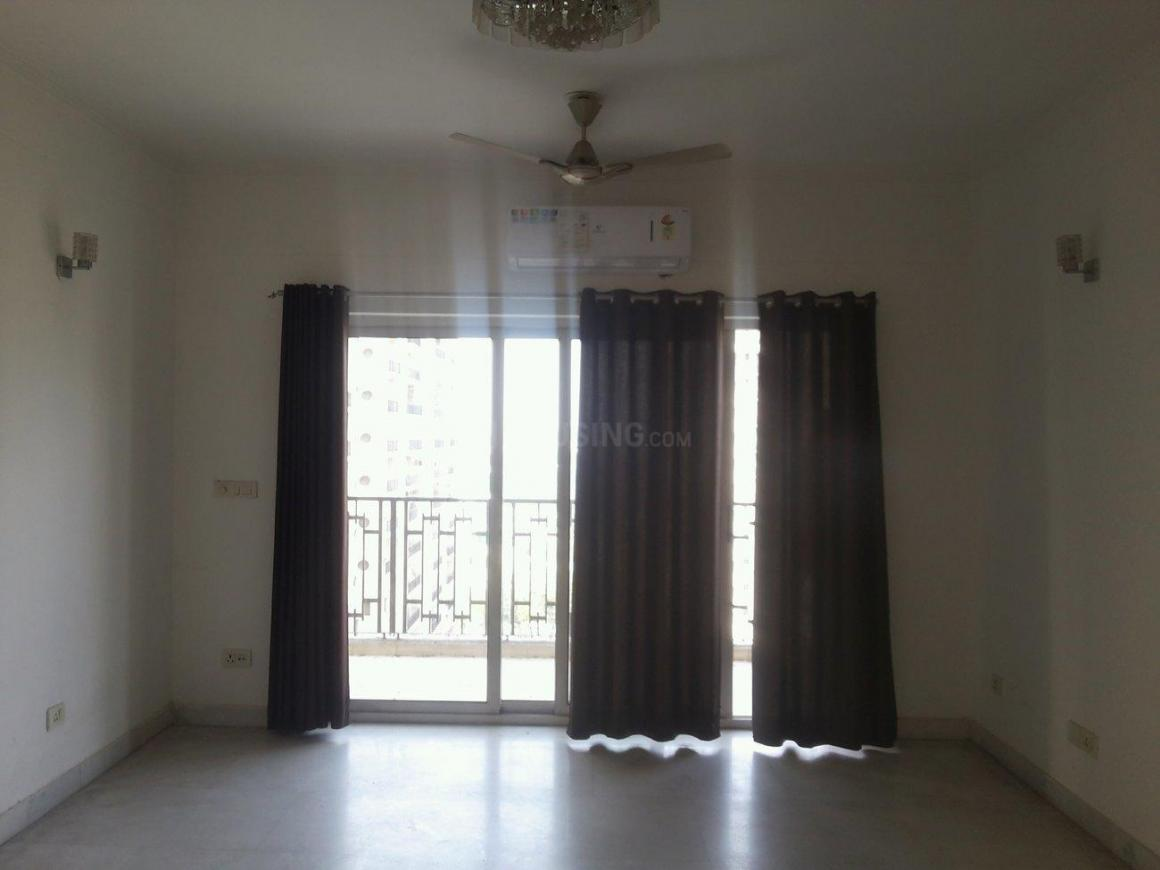 Living Room Image of 3000 Sq.ft 4 BHK Apartment for rent in Chi IV Greater Noida for 30000