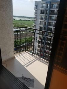 Balcony Image of 720 Sq.ft 1 BHK Apartment for buy in Mahavir Kanti Dreams, Vasai East for 4000000
