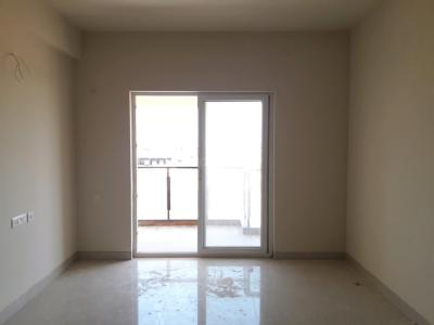 Gallery Cover Image of 1250 Sq.ft 3 BHK Apartment for buy in Thoraipakkam for 7008252