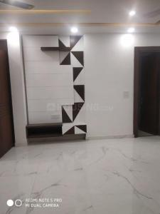 Gallery Cover Image of 1800 Sq.ft 4 BHK Independent Floor for buy in Kaushambi for 15000000