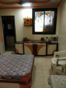 Gallery Cover Image of 650 Sq.ft 1 BHK Apartment for rent in Ghatkopar East for 9500