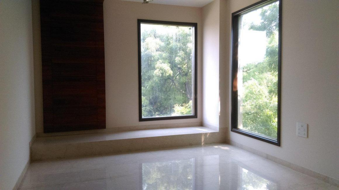 Bedroom Two Image of 9000 Sq.ft 5+ BHK Independent House for buy in Sat Bari for 140000000